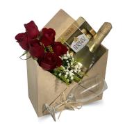 Arranjo Envelope Rosas